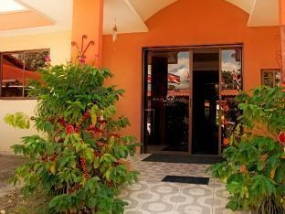 Airport Hotel Berlor Alajuela - Exterior