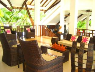 Dive Thru Scuba Resort Бохол - Лоби