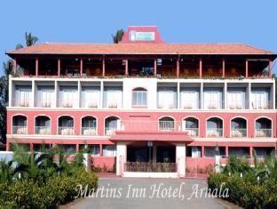 Hotel Exterior Martins Inn Beach