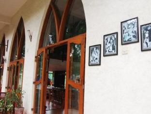 Barday's Inn Goa Utara - Bahagian Luar Hotel