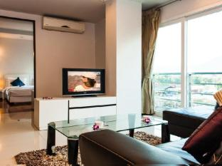 Haven Serviced-Apartments Phuket - Family Pool View
