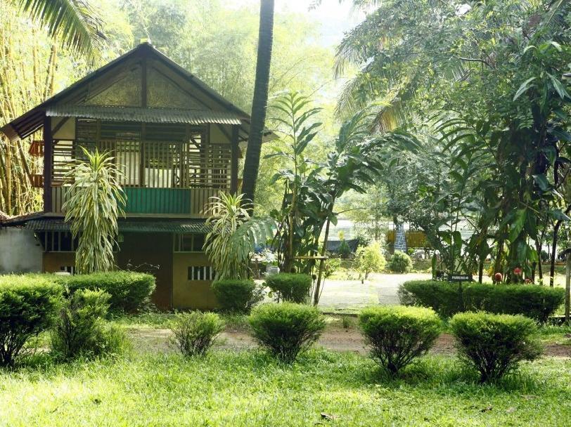 Soma Birds Lagoon Resort - Hotell och Boende i Indien i Kochi / Cochin