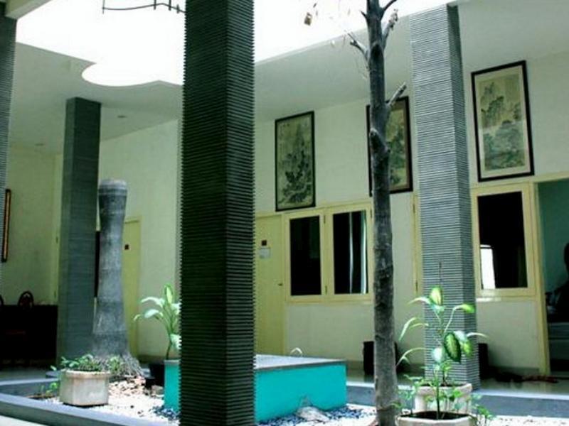 Soerabaja Place Guest House סורבאיה