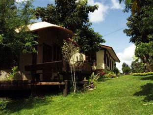 Hotell Baan Phuthadol i , Mae Hong Son. Klicka för att läsa mer och skicka bokningsförfrågan