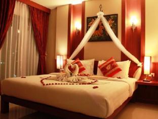 Patong Hemingway's Hotel Phuket - Habitación