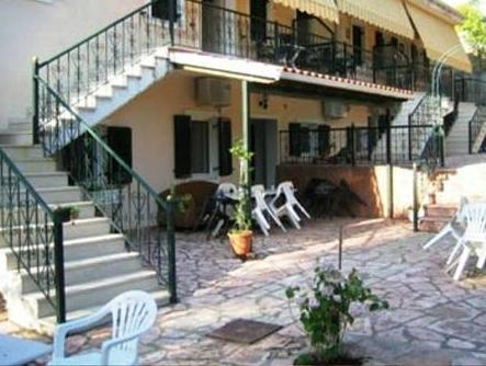 Penelope Studios And Apartments Perdika - Exterior