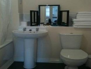 Northampton Serviced Apartments 47 Underwood House Northampton - Bathroom