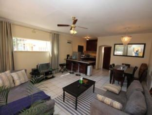 The Munday Self Catering Apartments Johannesburg - Pub/Lounge