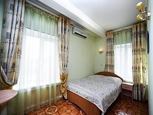 Hotel Roza Vetrov Moskva - Gästrum