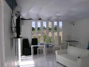 Peter Pan Resort Phuket - Living room