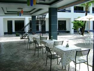 Peter Pan Resort Phuket - Surroundings