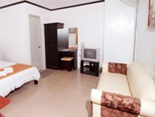 Emar's Wavepool Hotel and Beach Resort Davao - Deluxe Family