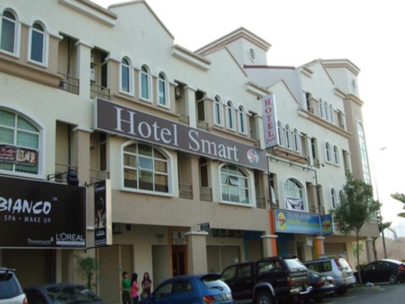 Smart Hotel Kota Damansara - Hotels and Accommodation in Malaysia, Asia