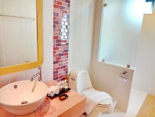 Bussaba Bangkok Boutique Hotel Bangkok - Double Standard Bathroom