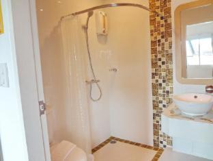 Bussaba Bangkok Boutique Hotel Bangkok - Twin Superior Bathroom