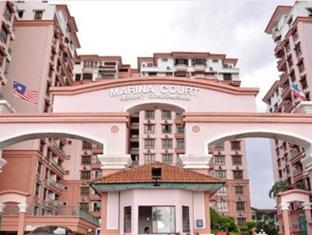 KK Stays @ Marina Court Resort Condominium