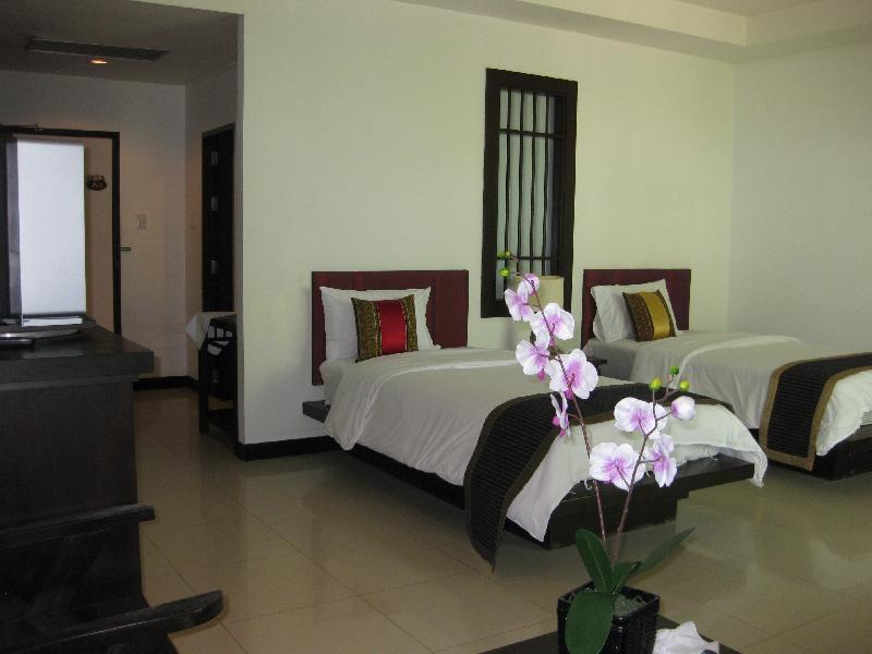 Phuket Naithon Resort بوكيت
