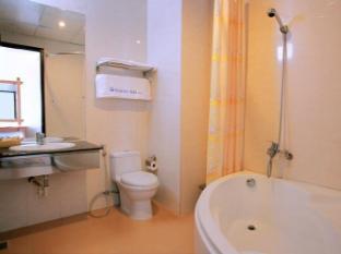 Hoang Hai (Golden Sea) Hotel Nha Trang - Bathroom