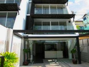 The Front Apartments Phuket - Hotel Exterior