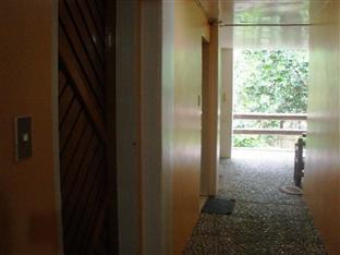 Polaris Beach House Pagudpud - Hotel Interior