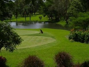 Bed & Breakfast at Royale Tagaytay Country Club Tagaytay - Golf Course