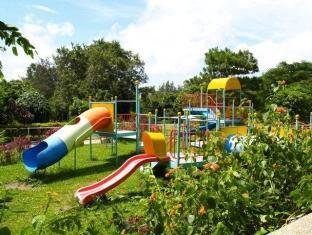 Bed & Breakfast at Royale Tagaytay Country Club Tagaytay - Outdoor Kid's Playground