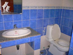 Beshert Guesthouse Phuket - Koupelna
