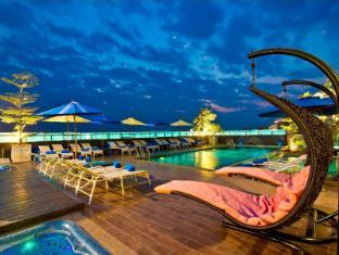 Rashmi's Plaza Hotel Vientiane Vientiane - Zwembad