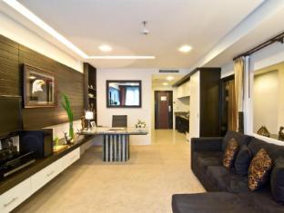 Rashmi's Plaza Hotel Vientiane Vientiane - Suite