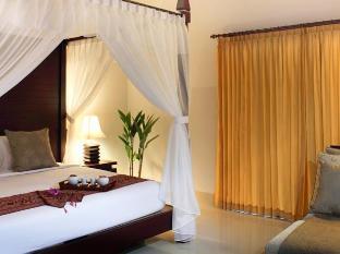 Room photo 7 from hotel Villa Cory