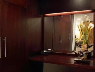 Room photo 2 from hotel Villa Cory