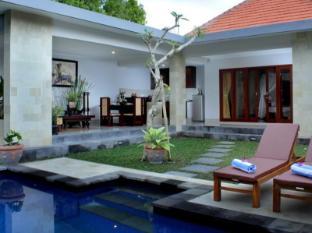 Room photo 24 from hotel Villa Cory