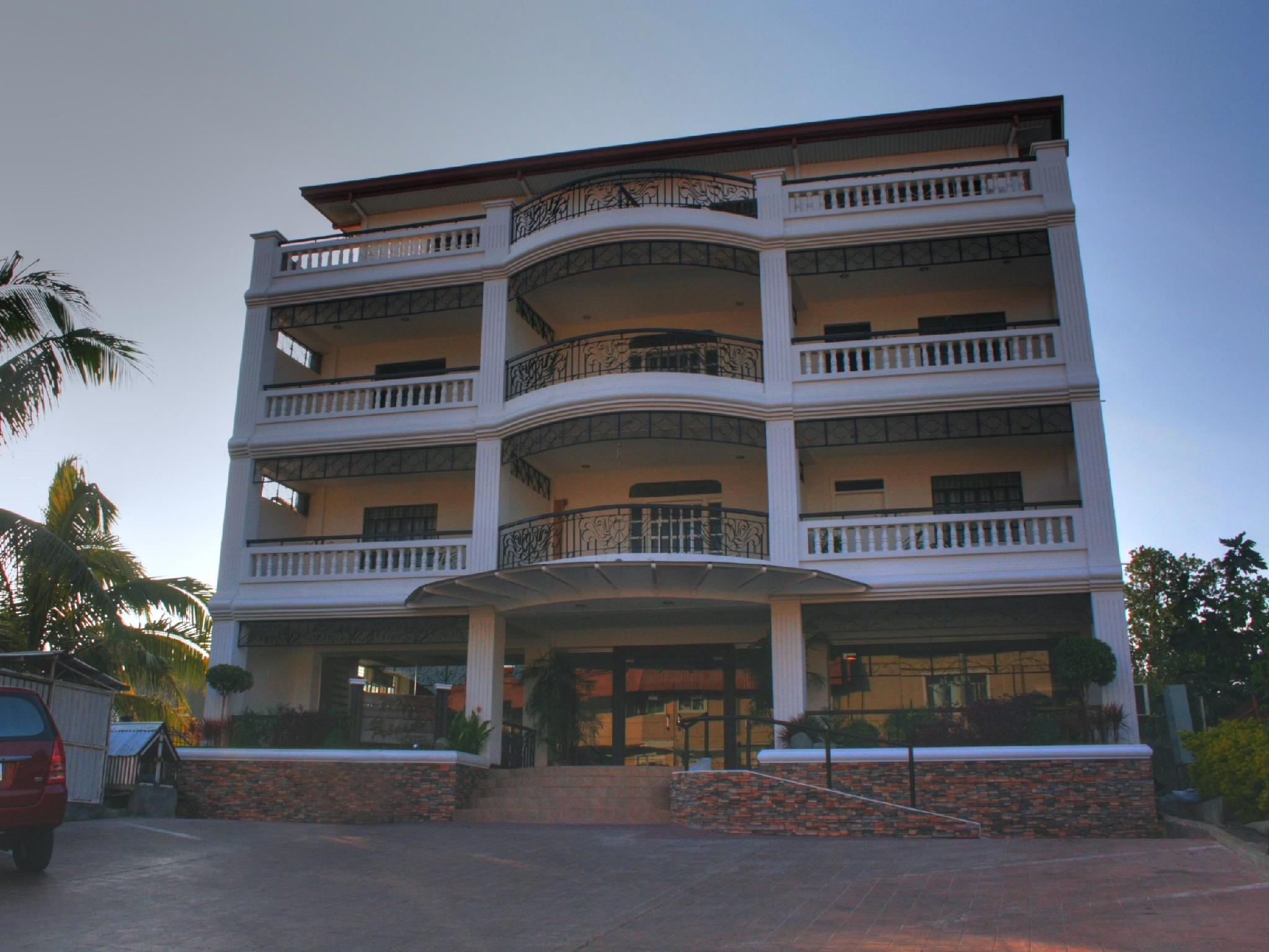 Mira de Polaris Hotel Laoag