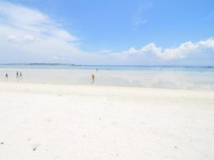Beach Placid Resort Cebu - Beach