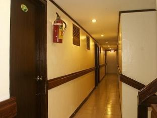 Verbena Pension House Cebu - Hallway