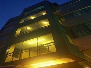 Verbena Capitol Suites Cebu - Hotel Exterior
