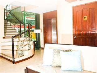 Verbena Capitol Suites Cebu - Staircase