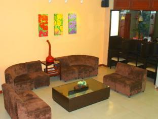 Verbena Capitol Suites Cebu - Lobby