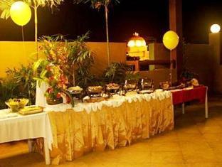 Verbena Capitol Suites Cebu - Buffet