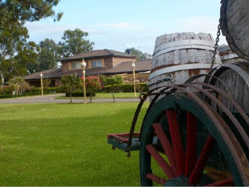 Carriage House Motor Inn - Hotell och Boende i Australien , Wagga Wagga