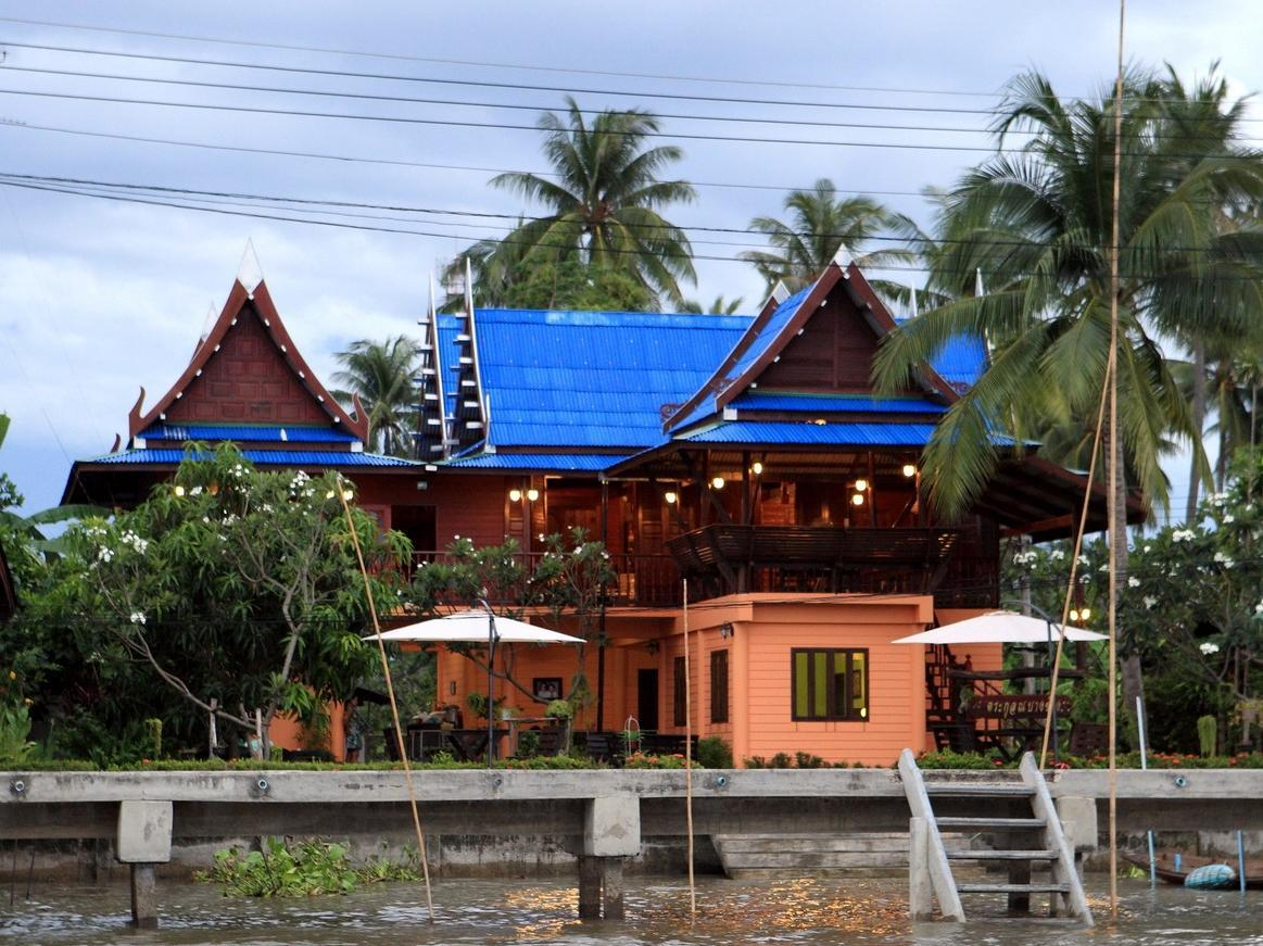 Panviman Amphawa Riverside Resort - Hotels and Accommodation in Thailand, Asia