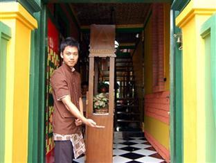 Hotell Kampoeng Djawa Hotel