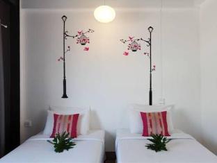 Rucksack Hostel Phuket - Kamar Tidur