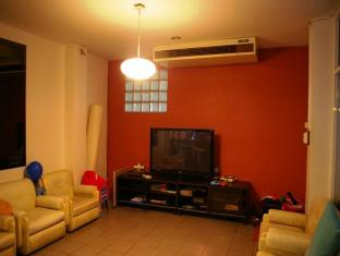 Coolphuket Hostel Phuket - Living Room