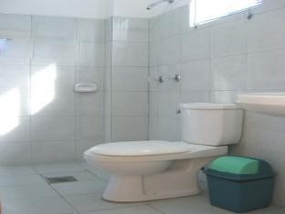 Ladaga Inn & Restaurant Bohol - Bathroom