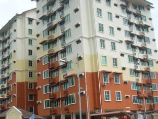 Seri Nilam Vacation Home - 2star located at Bayan Lepas