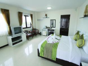 Princess Suvarnabhumi Airport Residence Bangkok - Deluxe Balcony Room