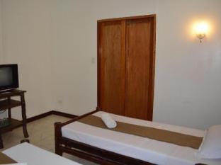 Chiisai Natsu Resort Бохол - Стая за гости