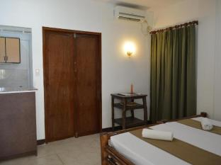 Chiisai Natsu Resort Bohol - Deluxe Room with kitchen