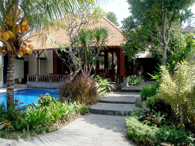 Hotell Inata Ubud Hotel